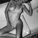 Emily_Ratajkowski_De_Icarly_Desnuda_05