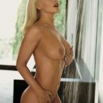 Jenny-McCarthy-Playboy-Julio-2012-4